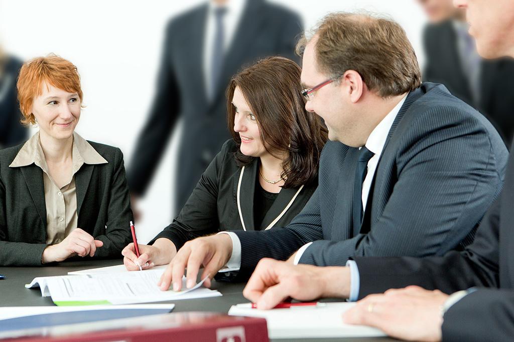 Berufsbilder In Den Bereichen Wrtschaftsprüfung Und Steuerberatung